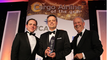 MD Air & Sea UK, Michael D. Hansen receiving the 2016 Freight Forwarder of the Year award.