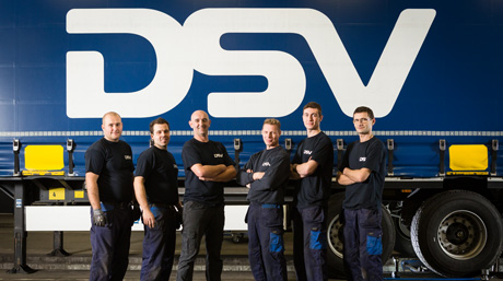 DSV mechaniocs team in front of DSV trailer